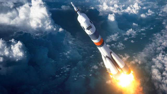 Disputa entre EUA e China avança na militarização do espaço