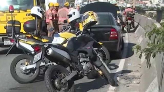 Mulher cai de viaduto e morre após acidente de trânsito em SP