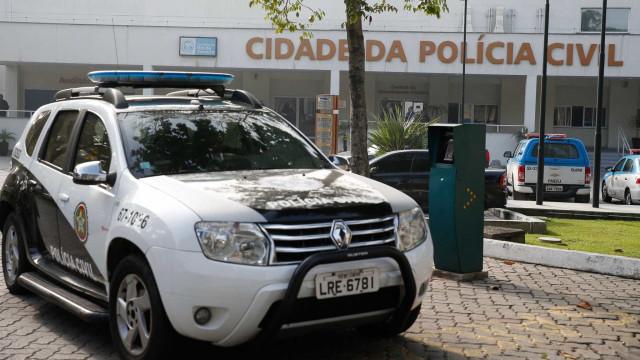 RJ: Polícia faz operação para prender  suspeitos de tráfico de drogas