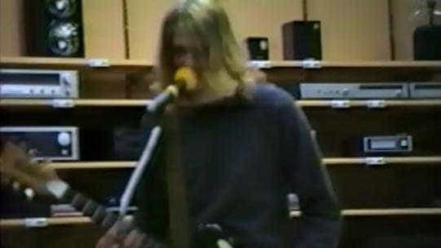 Encontrado vídeo inédito do Nirvana  gravando clipe em 1988