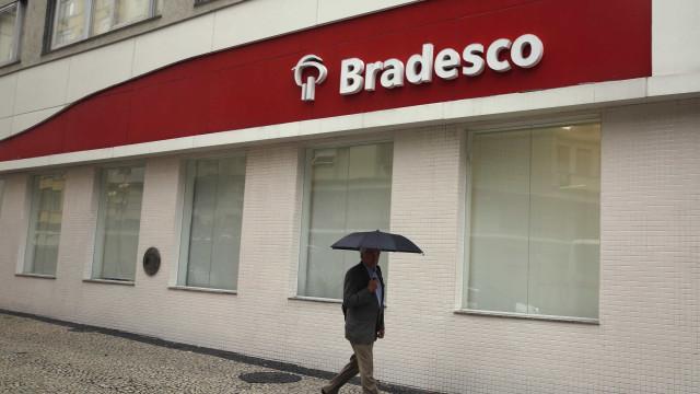 Bradesco projeta encerrar o ano com redução de até 400 agências