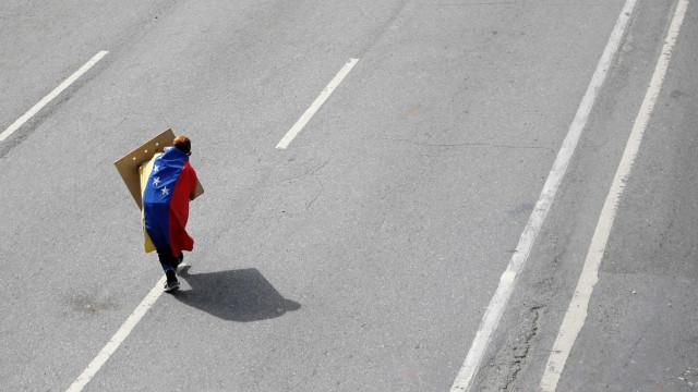 Sabotagem na fibra ótica deixa cinco estados da Venezuela sem Internet