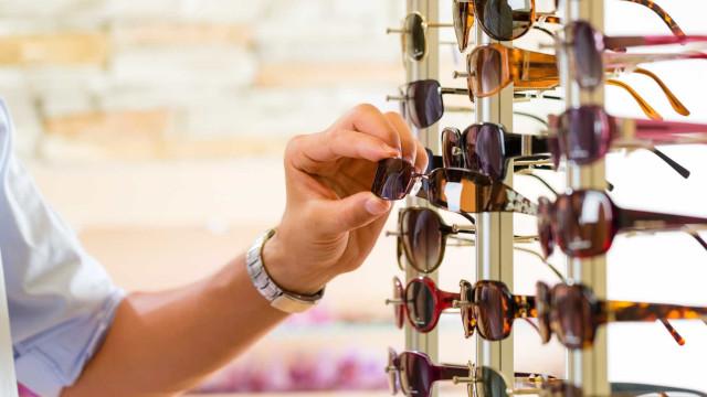 """Óculos de sol """"pirata"""" pode prejudicar os olhos, dizem especialistas"""