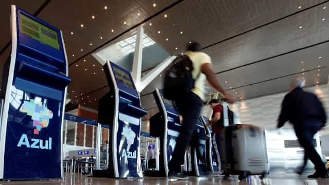 Azul sai de prejuízo para lucro líquido de R$ 345,5 milhões