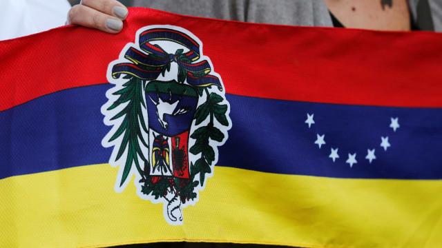 Motim em prisão na Venezuela faz 11 mortos e 28 feridos