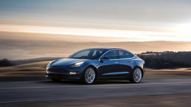 Tesla confirma que fará melhorias ao Model 3