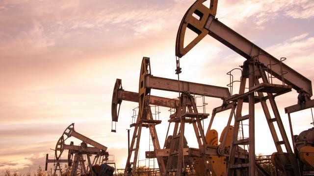 Brasil deve produzir 5 mi de barris de petróleo/dia em 2027