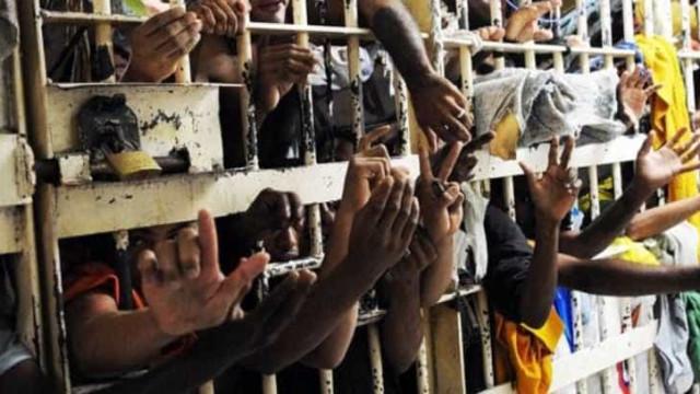 Com cadeias lotadas e pandemia, magistrados reveem reincidência para crimes insignificantes