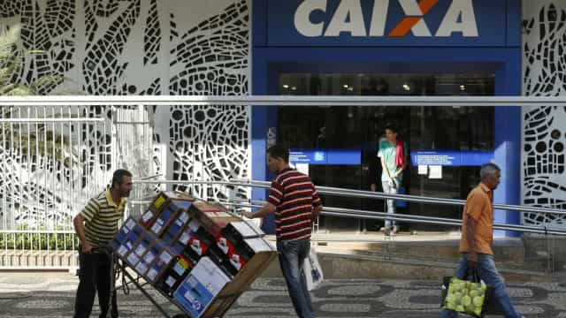 Caixa credita quase R$ 5 bi para pagamento do saque imediato do FGTS