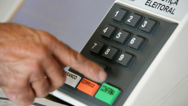 Bancário descobre que alguém votou por ele: 'Quero impugnar essa urna'