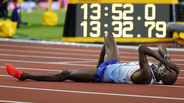 Pela 1ª vez desde 2011, Mo Farah não ganha e fica com a prata nos 5 mil