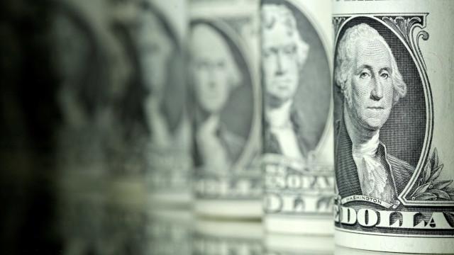 Entrada de dólar supera saída em US$ 4,044 bi no ano até 10 de maio