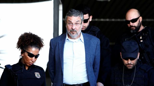 TRF-1 suspende depoimentos de Palocci e Jobim em ação sobre caças