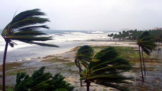 Confira as tempestades tropicais mais devastadoras da história