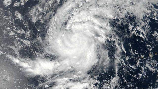 Furacão Irma avança para o Caribe; Flórida e Porto Rico estão em alerta