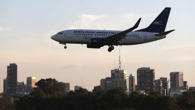 Aerolíneas entram em greve na Argentina e 371 voos são cancelados
