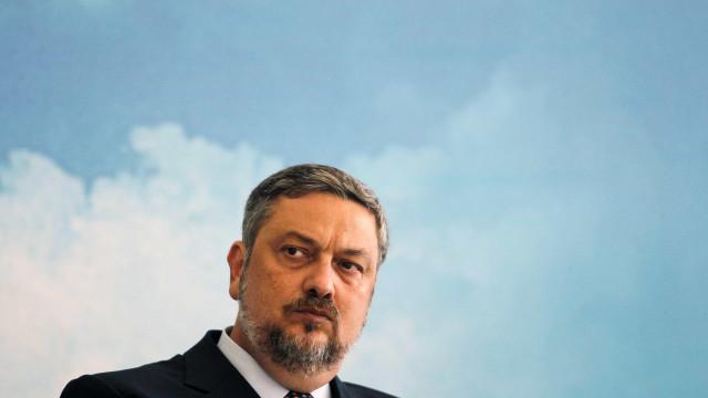 Procuradores querem manter inquérito Palocci na vara da Lava Jato