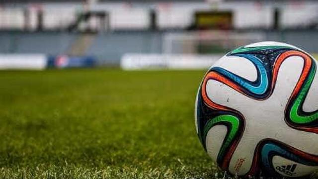 Grito homofóbico nos estádios pode custar três pontos para o clube