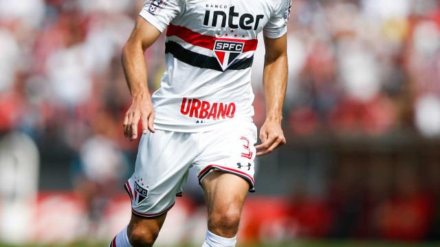 Rodrigo Caio treina no campo e deve reforçar o SP contra o Bahia