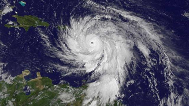 Nasa mostra imagens do furacão Maria passando por Porto Rico