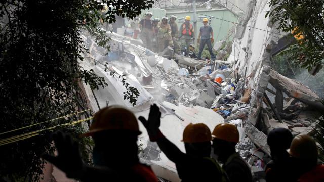 Dois brasileiros ficaram feridos em terremoto que atingiu México