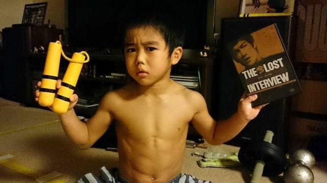 Ryusei: o ninja de 7 anos mestre de nunchakus