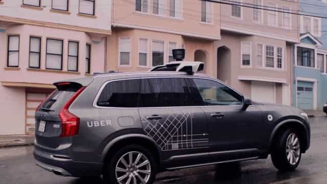 Uber quer voltar a testar carros autônomos em estradas públicas