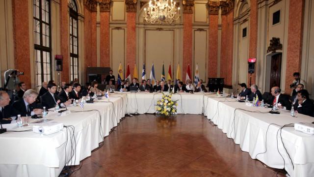 Novo governo deve travar acordo entre Mercosul e União Europeia