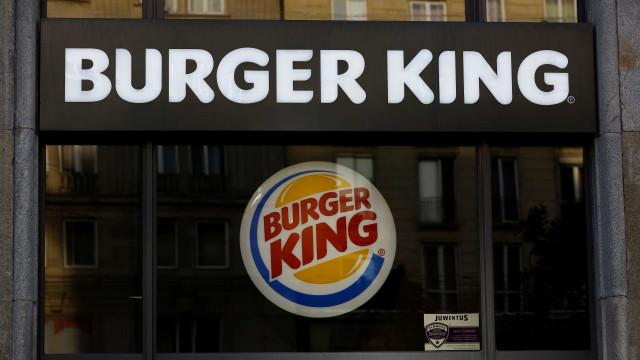 Jornada excessiva de trabalho rende multa de R$ 1 mi à rede Burger King