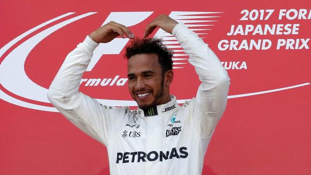 Com abandono de Vettel, Hamilton vence no Japão