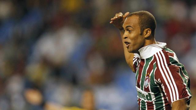 Bi brasileiro pelo Flu e hoje sem clube, L. Euzébio quer ser técnico