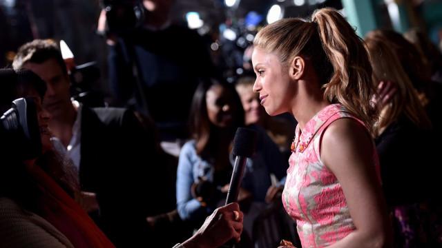 Aos 41 anos, Shakira deixa fãs boquiabertos ao fazer alongamento