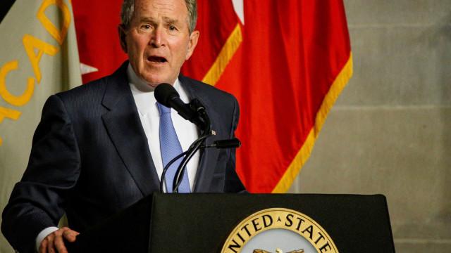 Ex-presidente George Bush dá parabéns a Biden por eleição nos EUA