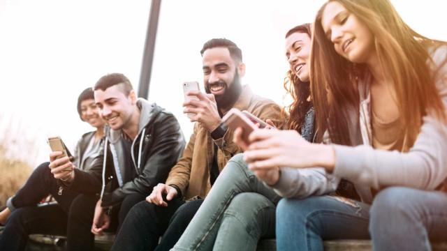 Como será quando ficar mais velho? Experimente a FaceApp
