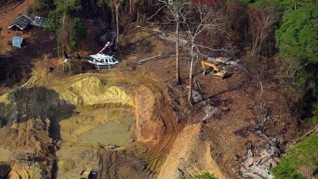 Fiscais podem ser exonerados após operação contra garimpo na Amazônia