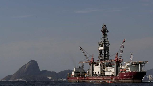 Brasil quer expandir exploração do pré-sal fora de fronteira marítima