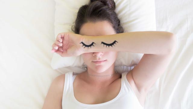 Quatro dicas para que durma melhor esta noite