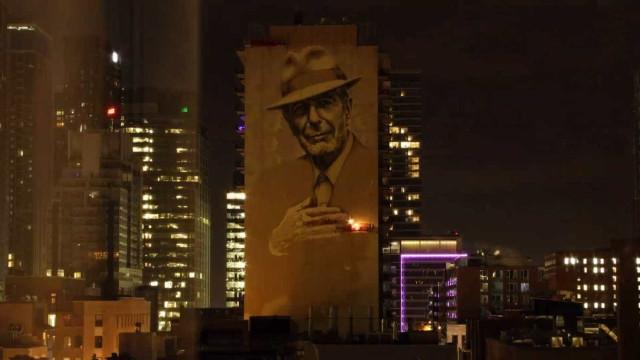 Timelapse mostra criação de novo mural de Leonard Cohen em Montreal