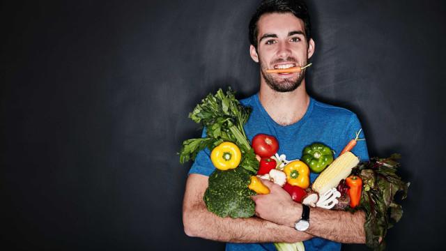 Vegetarianismo pode ser 'trampolim' para depressão nos homens