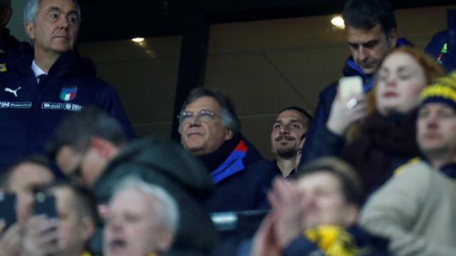 Ibrahimovic se candidata para ir à Copa; torcedores são contra
