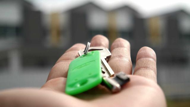 Caixa atinge recorde de R$ 500 bi em crédito habitacional e anuncia corte de juro