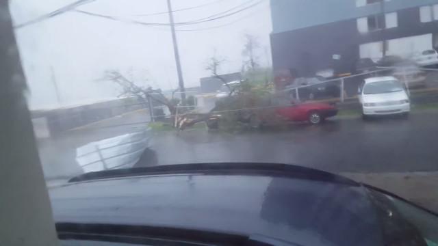 Furacão Maria causa destruição em Porto Rico