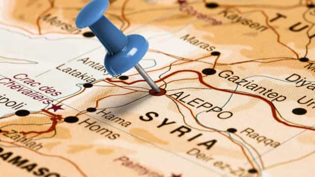 Síria: pelo menos 26 mortos em ataque com mísseis contra militares