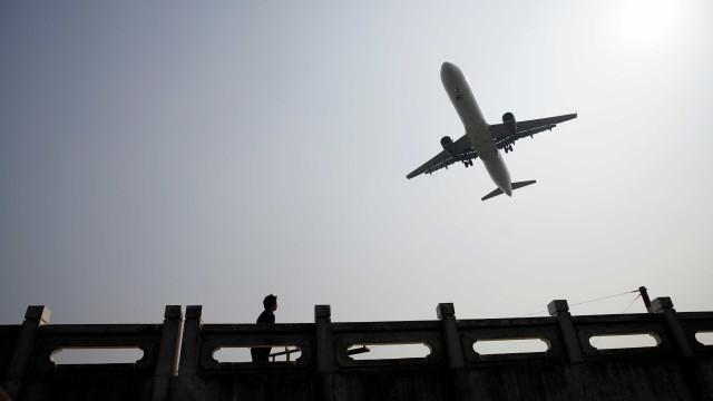 Aeronave com 10 pessoas a bordo desaparece no Quênia