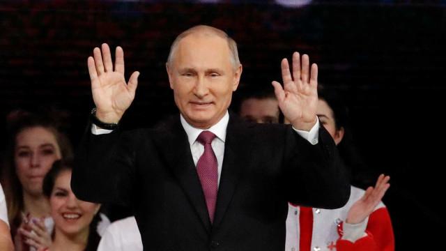 Putin anuncia que será candidato à Presidência da Rússia em 2018