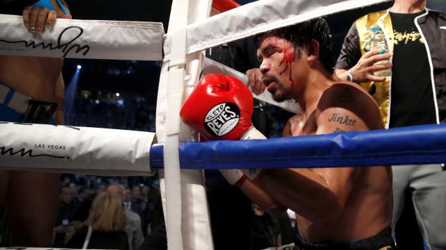 Pacquiao bate Thurman e se coloca entre os maiores da história