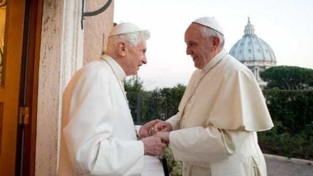 Não existem dois papas, o papa é um só, diz Bento XVI oito anos após abdicar