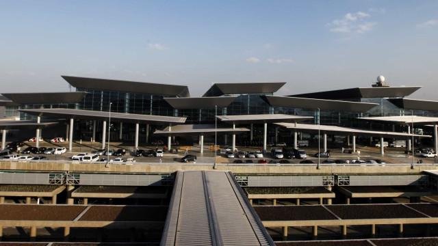 Ladrões de estepe são presos no aeroporto de Guarulhos, em SP