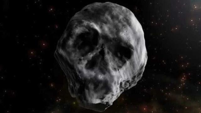 Asteroide com forma de caveira voltará a passar perto da Terra