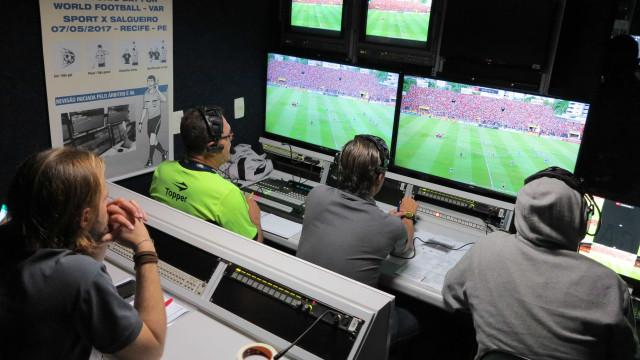 Campeonato Carioca terá árbitro de vídeo em 10 jogos decisivos